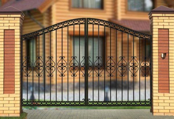 Ворота «Узором по центру» высокие арочные