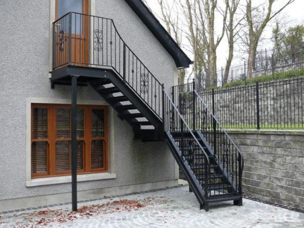 Лестница металлическая ВРл-02