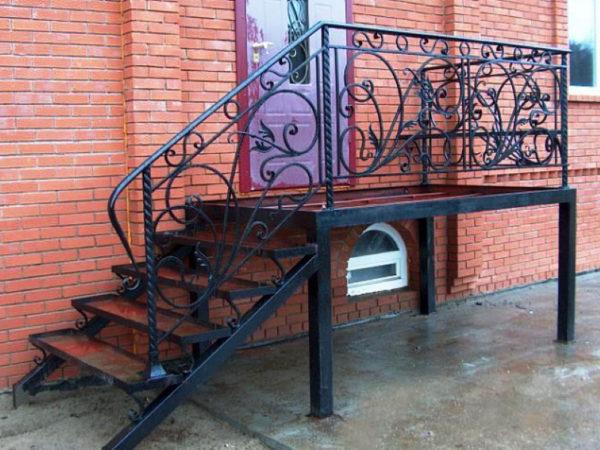 Лестница металлическая ВРл-01